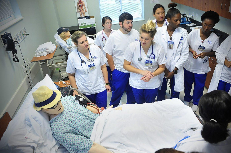 "FMU nursing program named a national ""Center of Excellence"""