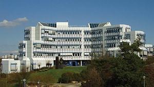 Photo of white Uni Trier Building