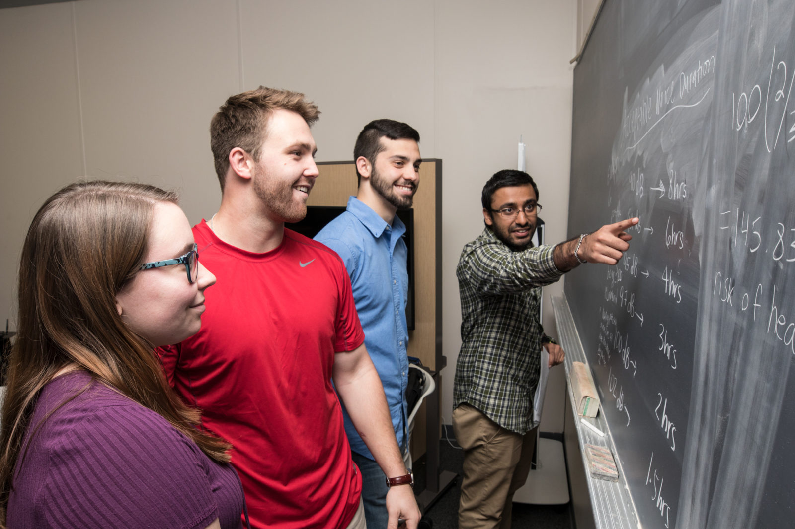FMU's Industrial Engineering program receives its accreditation