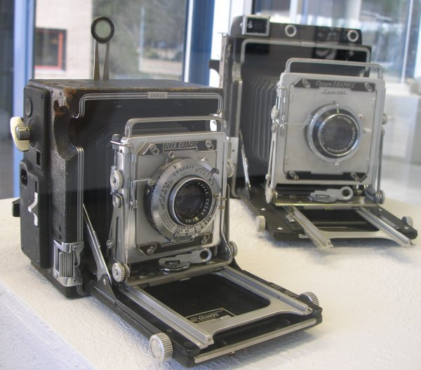 Two Vintage Cameras which Changed Photojournalism
