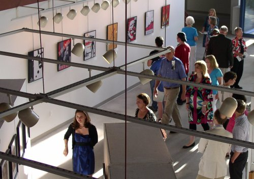 Visual Arts Majors walking in the Fine Arts Center