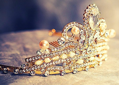 Photo of a golden crown