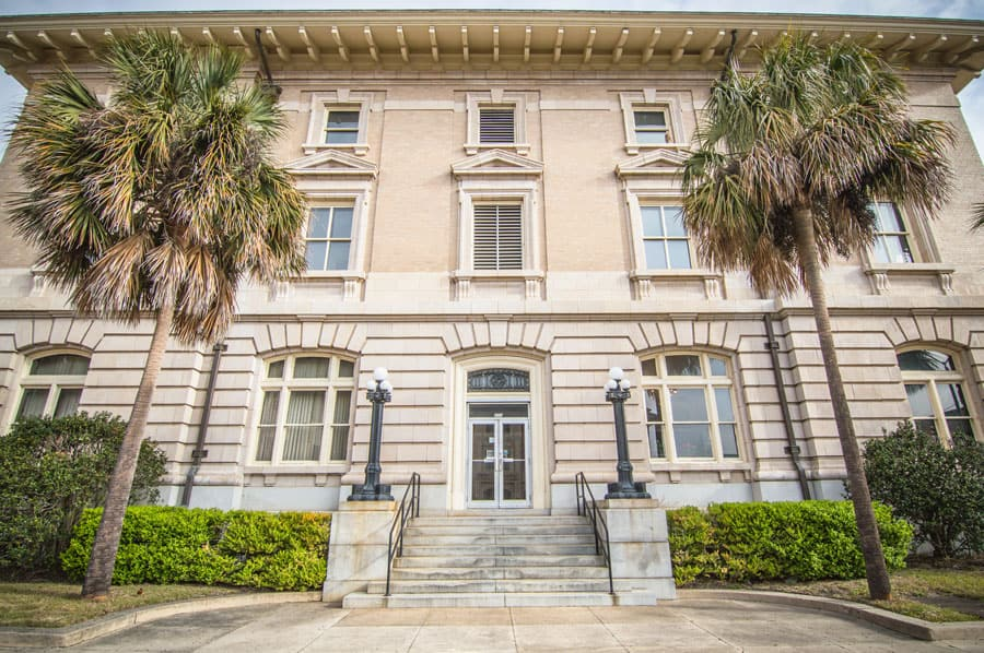 Veto overrides set stage for FMU medical complex, honors center
