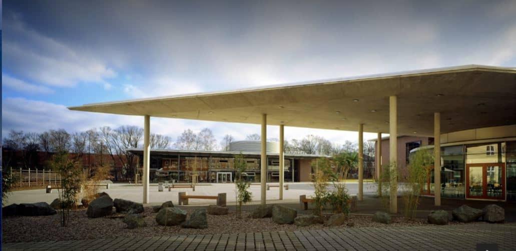 Fachhochschule Schmalkalden on a cloudy day.