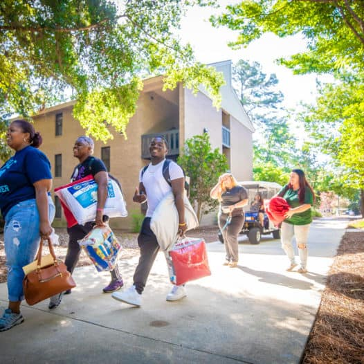 Freshmen move-in kicks off busy week at FMU