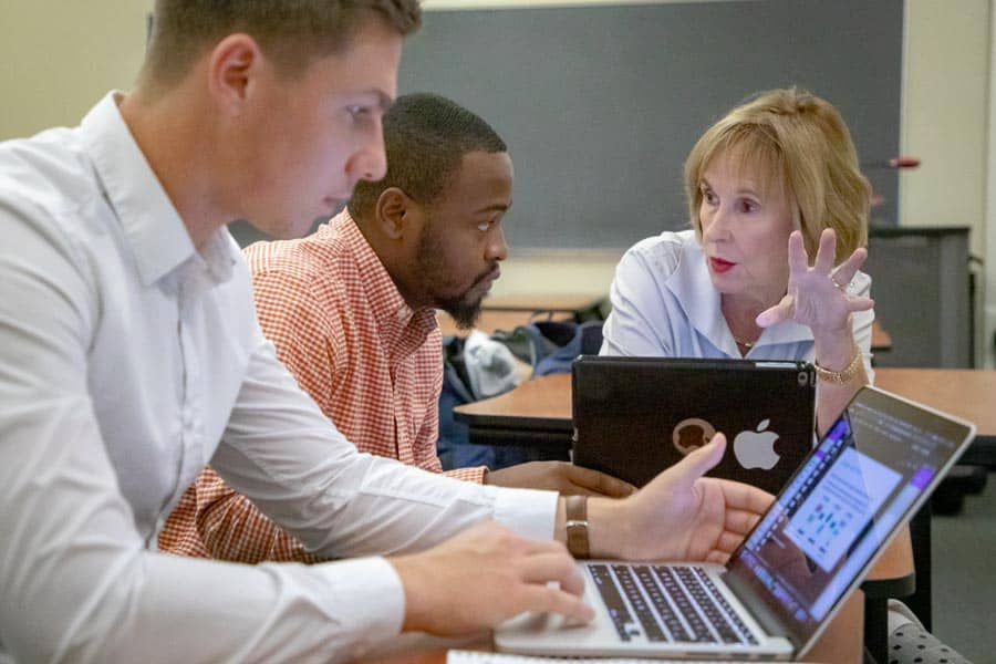 FMU School of Business renews accreditation with AACSB International