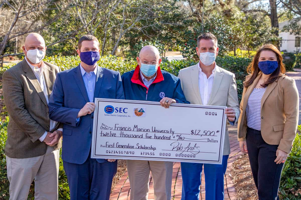 Santee Electric Cooperative makes donation to FMU First Gen Fund