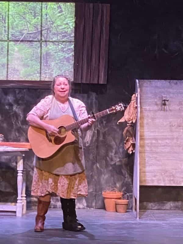 Fine Arts University Theatre Granny's Fixit