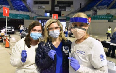 FMU Nursing students pitch in to help with COVID-19 vaccinations